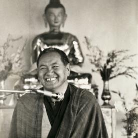 Lama Yeshe teaching at Chenrezig Institute, Australia, 1979.